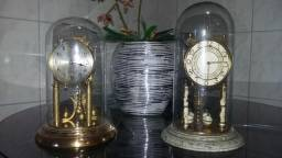 Relógios de Cúpula Antigo