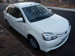 Etios sedan Xs 2014 novinho - 2014