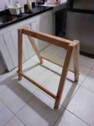 Vendo cavalete madeira de eucalipto com dobradiças rústico