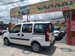 Fiat Doblo Attractive 1.4 branca Ano 2016/2016