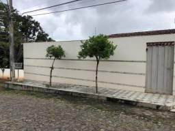 Casa com 3 dormitórios à venda por R$ 700.000 - Centro - Teófilo Otoni/MG