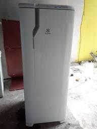 Posso entregar geladeira electrolux frosfre seminova
