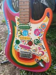 Guitarra fase psicodélica dos Beatles