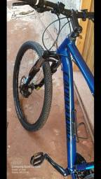 <br>Bicicleta Bike Cannondale Trail 6 ** Oportunidade **