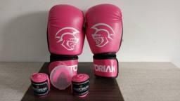 Luva de Boxe First 10 Oz Pretorian Rosa e Branca