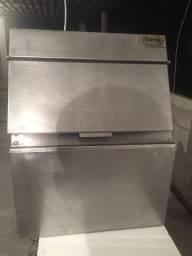 Maquina de Gelo Everlast 50 L