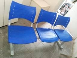 trio de cadeira longarina