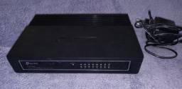 Hub Switch De Mesa 16 Portas Tp-link Tl-sf1016d 10/100 Mbps<br><br>