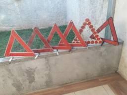 Triângulo de carro