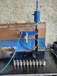 Máquina de recuperação de amortecedores e pressurização