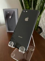iPhone 8 64GB Carregador/ Fone de Ouvido