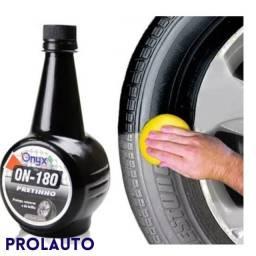 Limpa Pneus Pretinho com 500 ml - ONYX-ON-180