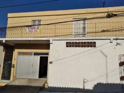 Vende-se casa duplex