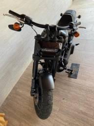 Moto Harley Davidson Fat Bob 107