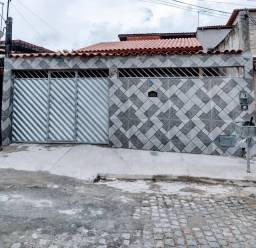 Excelente casa no Centro de Dias D'Ávila BA