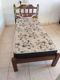 Cama solteiro madeira com colchão
