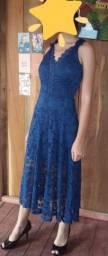 Vestido azul em renda