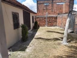 Casa a venda em Dias D'Ávila.