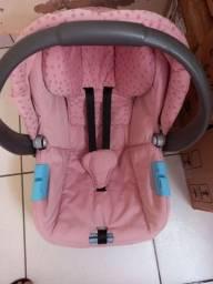 Vendo bebe conforto rosa usado