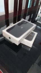 iPhone 11 64 GB novo lacrado 1 ano de garantia