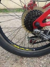 Bicicleta aro 20 otimo estado