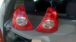 Lanterna traseira do Clio Ret