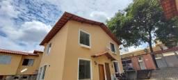 Casa 2qts Geminada em Condominio, Senhora das Graças, perto do Centro