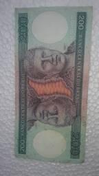 Cédulas antigas de dinheiro do Brasil