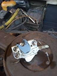 Fechadura direita Fiat 147