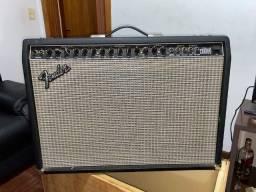 Amplificador Fender Ultimate Chorus
