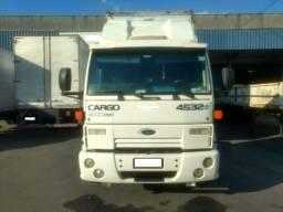 Ford Cargo 4532 E Ano 2009 Leito engatado - 2009