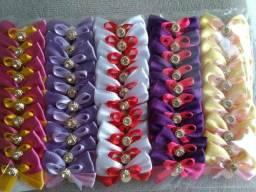 Laços e gravatas para pet shop e banho e tosa,adquira já os seus .preços especiais