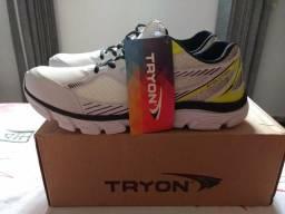 Tênis Tryon 42 novo, na caixa