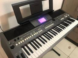 Teclado Yamaha psr s 670
