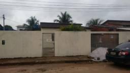 Vendo esta casa situada em Rio Branco ou troco por outra em Tarauacá