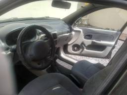 Clio 2003 - 2003