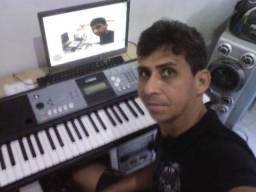 Aulas de teclado e violão em domicílio
