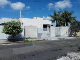Casa em Mogi Mirim - Jardim Elite