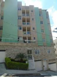 Apartamento com 2 quartos para alugar, 60 m² por R$ 900/mês - Residência - Juiz de Fora/MG