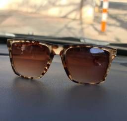 Óculos de sol (oncinha)