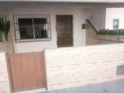 Casa 2/4 Stella Maris, com área, churrasqueira, armários