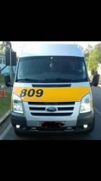 Ford Transit 2.4 20 passageiros