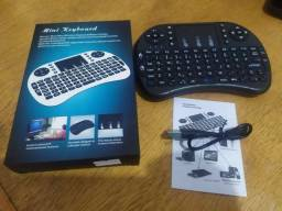 Mini teclado com touchpad