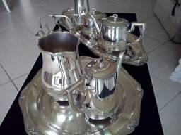 Jogo de café banhado a prata