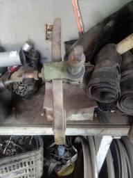 Máquina para conserto de pneu