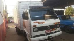 Caminhão wolkswagen