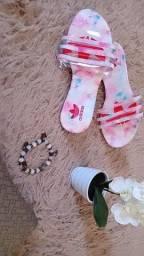 Sandálias lindas?