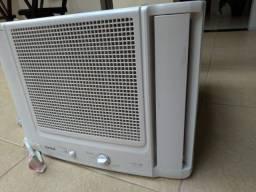Ar condicionado janela cônsul 10000 btus - 220v