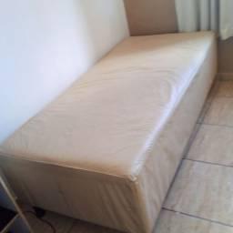 Vendo Cama Box Solteiro Conservada, Zap *, Ilhéus.