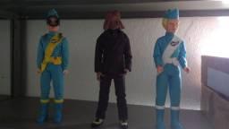 Bonecos Thunderbirds e Doctor Who